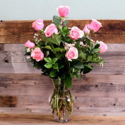 Dozen kisses pink roses