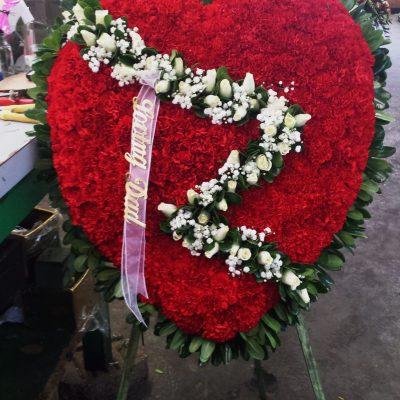 flower heart wreath Sympathy easel spray funeral