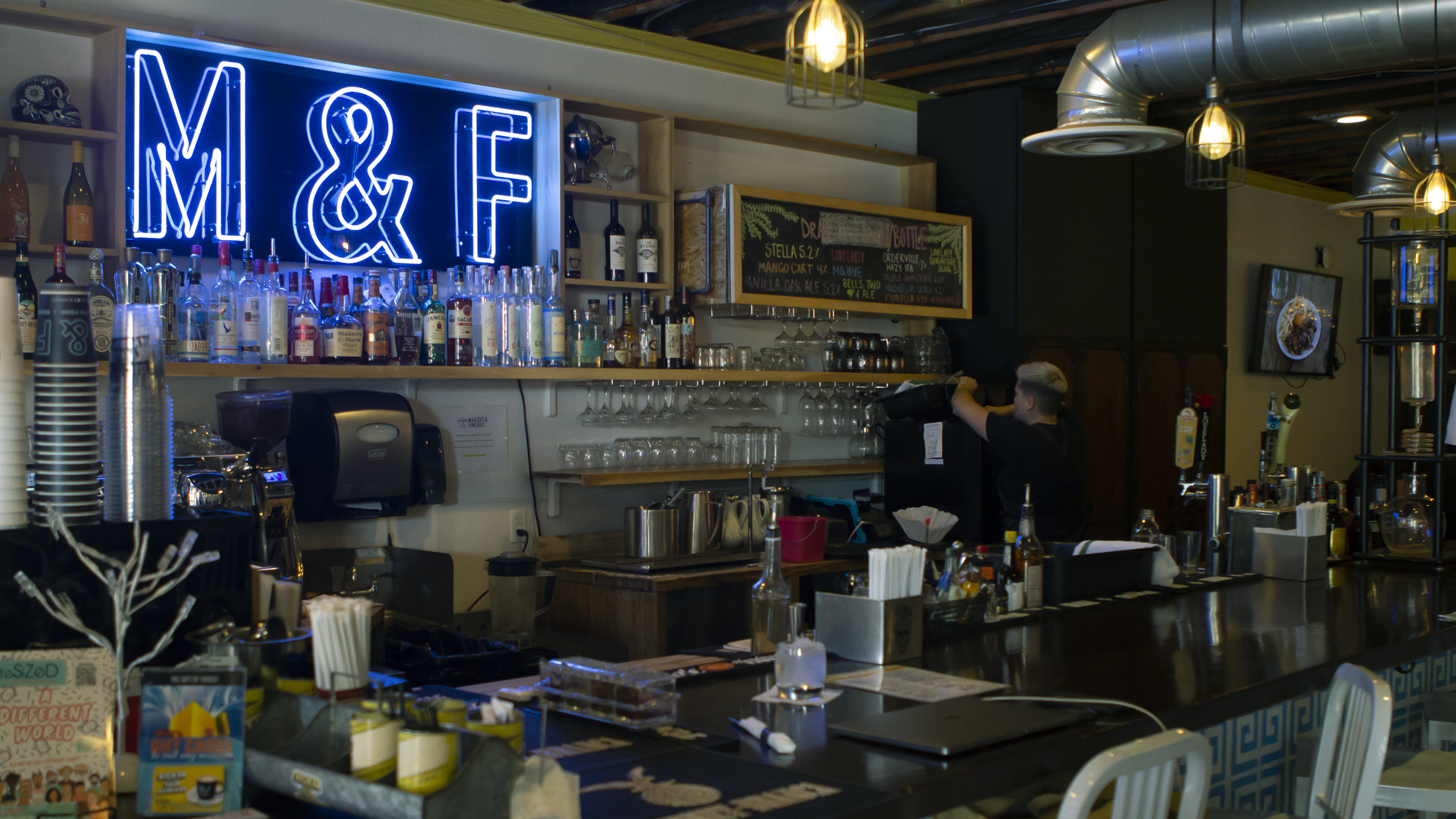 Makers & Finders coffee shop counter
